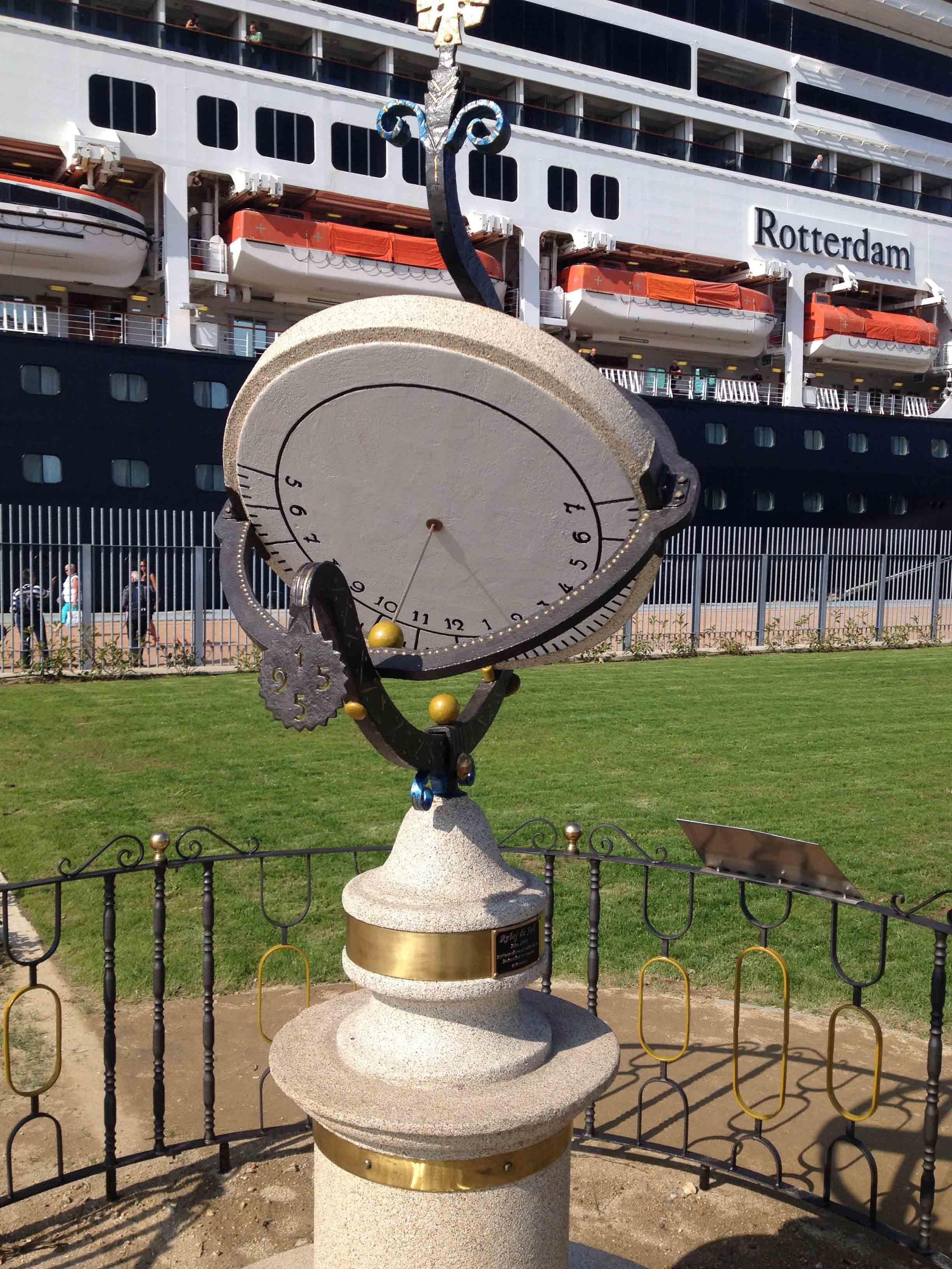Reloj de Sol Puerto 16